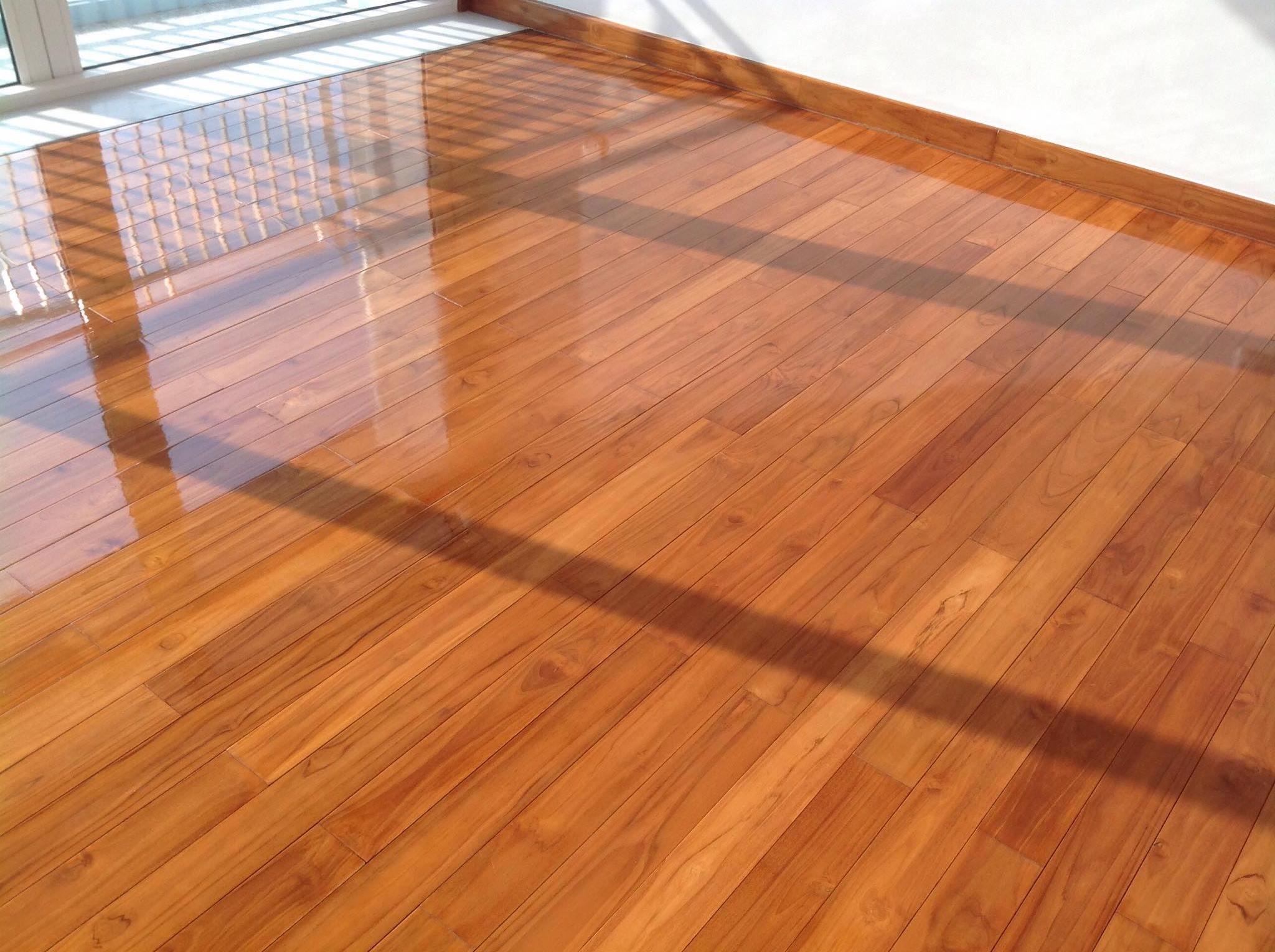 Dịch vụ sơn PU cho gỗ